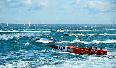 Cowes-Torquay Powerboats